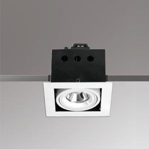 โคมไฟดาวน์ไลท์ MR16 RSAM 95-1