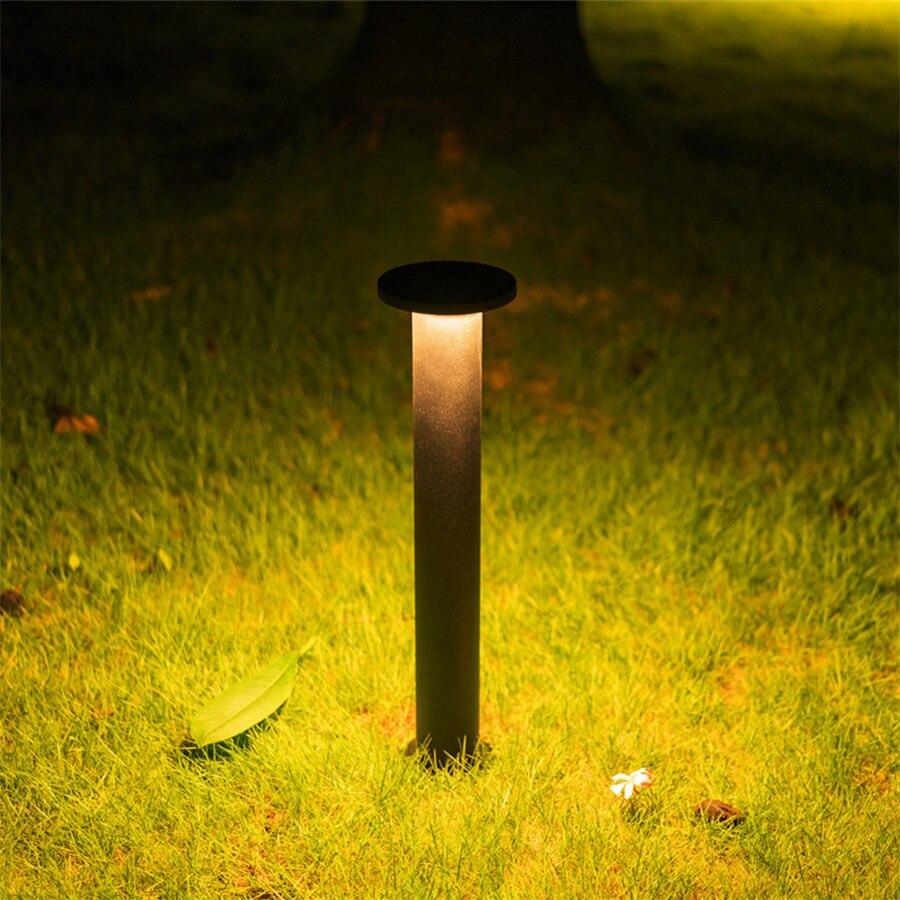 โคมไฟสนาม LED ประหยัดไฟ ทนทาน